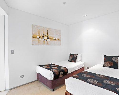 1-bedroom-oceanview-burleigh-heads1
