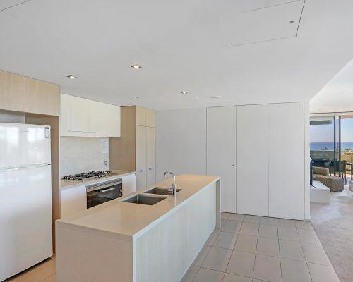 2121-2-bedroom-oceanview-burleigh-heads4